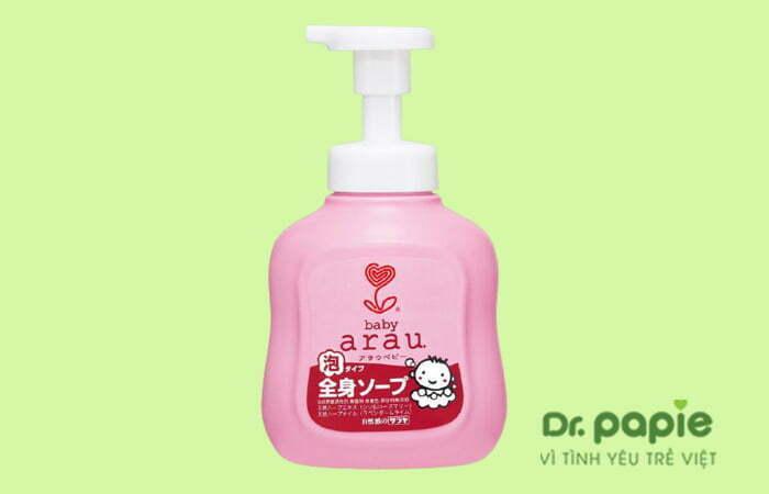 Sữa tắm trị rôm sảy cho bé Arau Baby