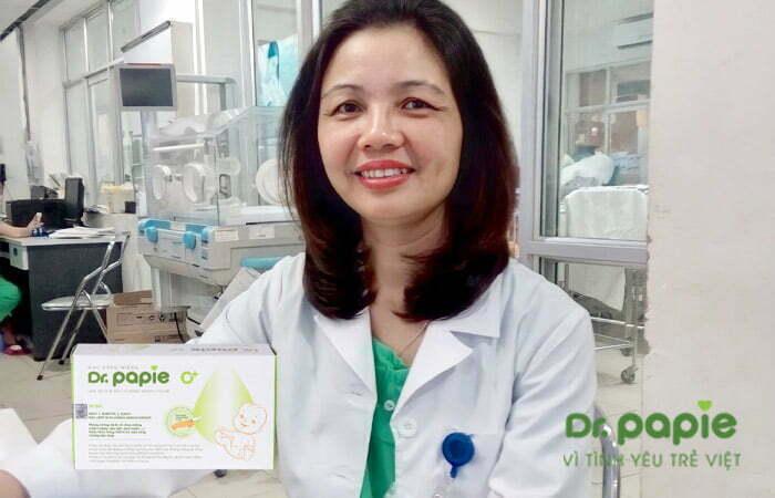 Bác sĩ CKII Nguyễn Thu Hoa (Phó Giám Đốc Trung tâm chăm sóc và điều trị sơ sinh bệnh viện Phụ sản Trung Ương)